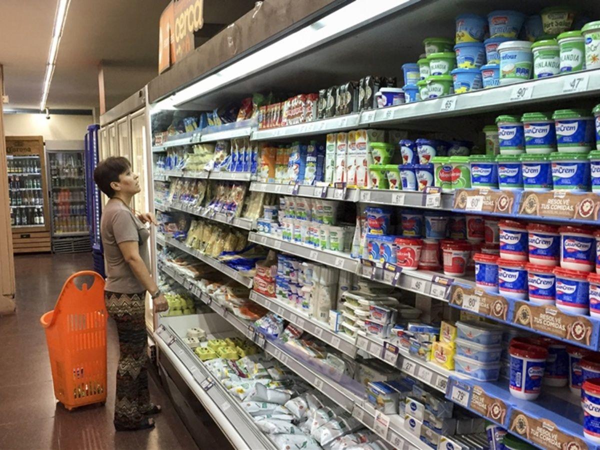 Consumo devastado: en diciembre, las ventas en supermercados cayeron 8,7%