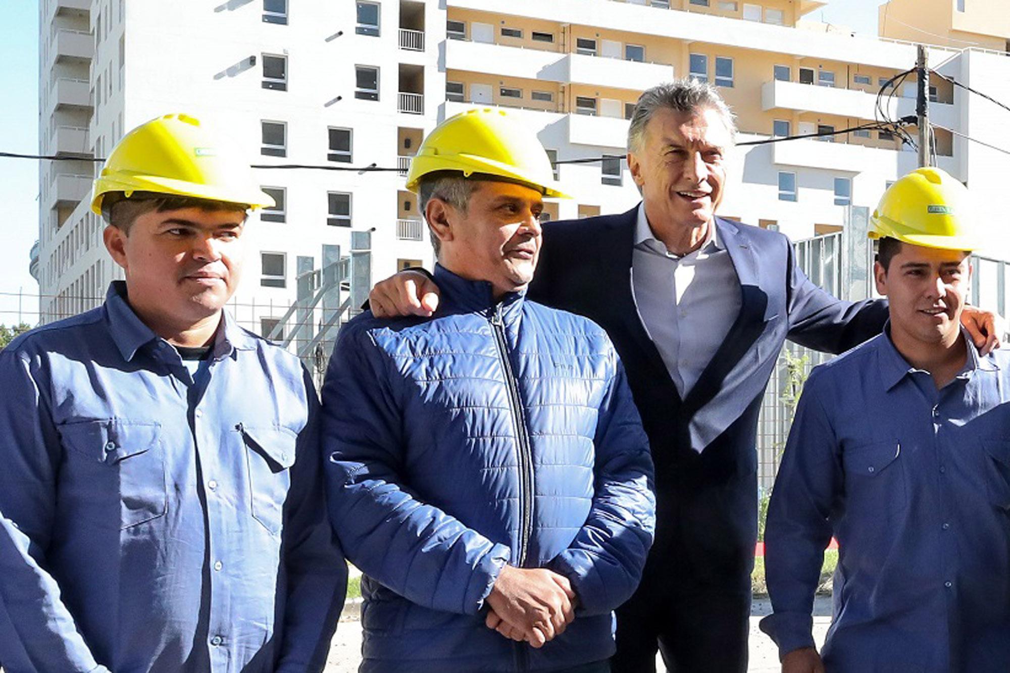 """Un obrero le pidió a Macri que """"haga algo rápido"""" con la economía"""