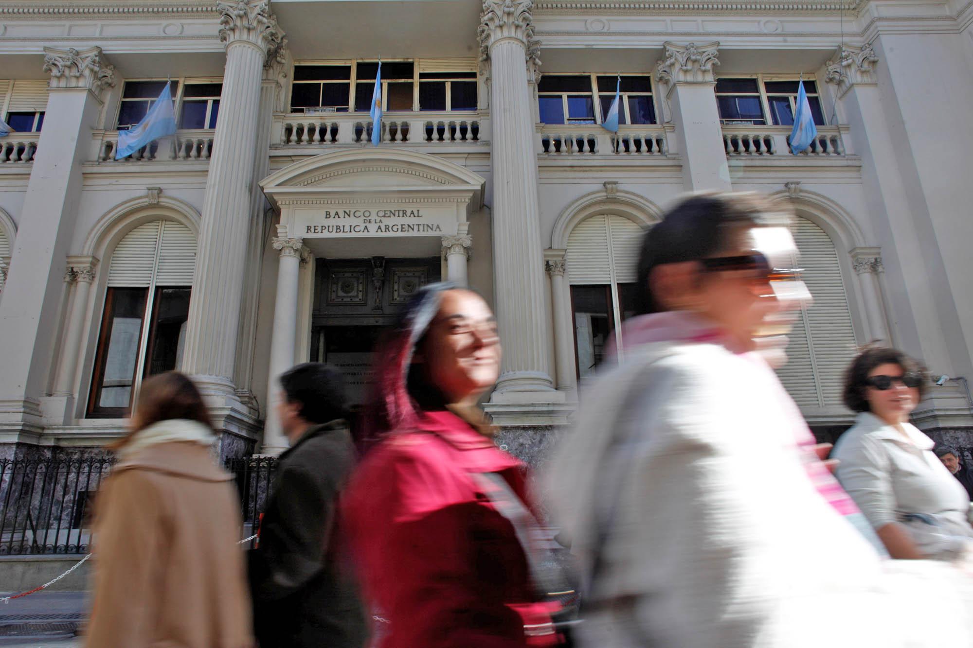El BCRA no quiere sorpresas: vuelve a subir la tasa para asegurar la tranquilidad del dólar