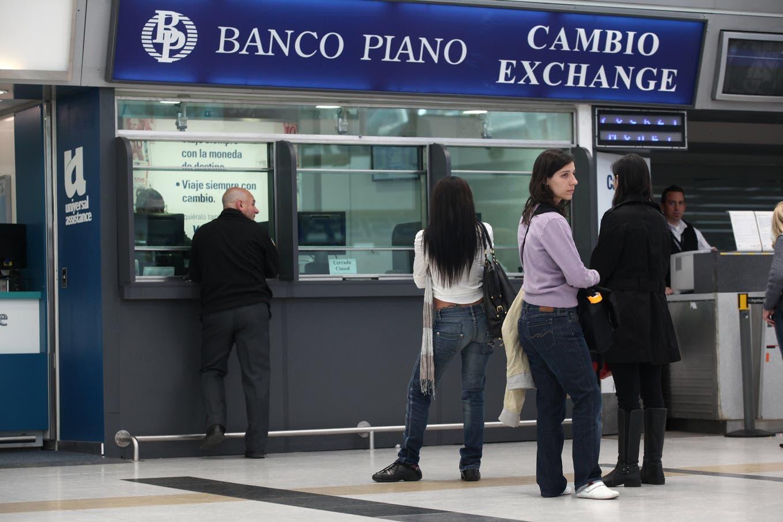Dólar hoy: así cotiza el 1 de octubre en Banco Nación y otras entidades