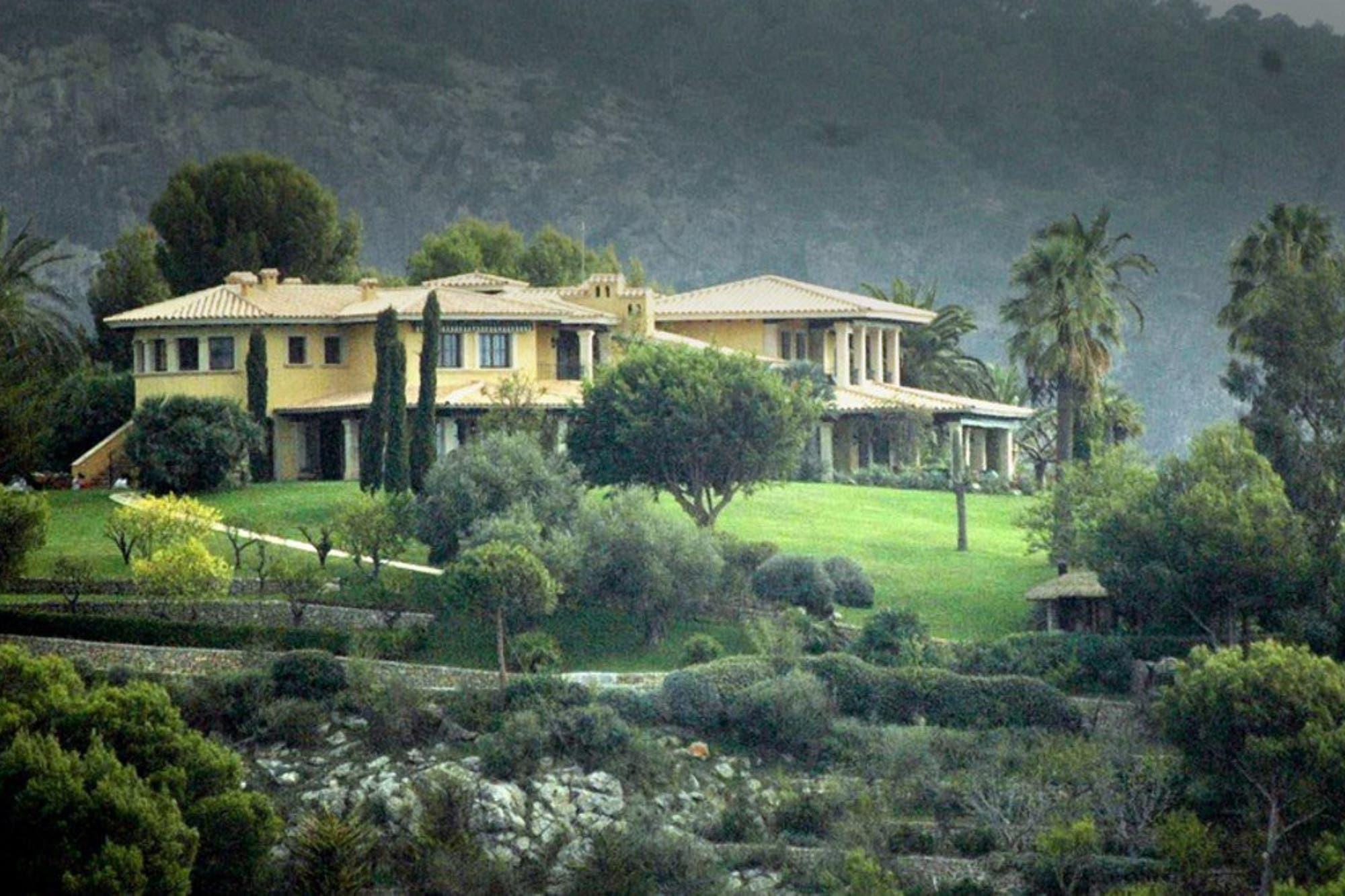 La descomunal mansión en Mallorca donde Michael Schumacher estaría viviendo junto a su familia