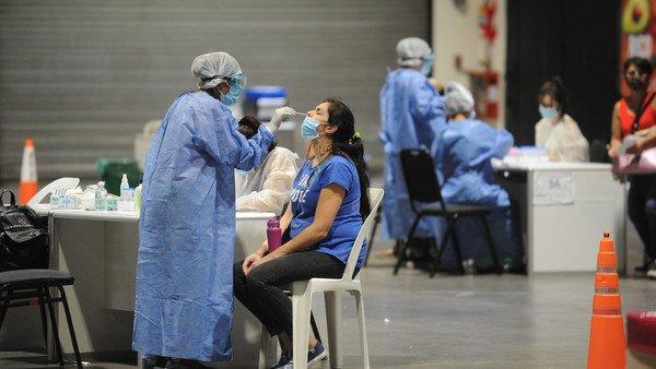 """vacunas:-paso-a-paso,-como-se-da-en-el-tiempo-el-""""tobogan-inmunitario""""-contra-el-covid"""